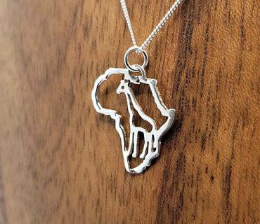 Necklace Africa & Giraffe
